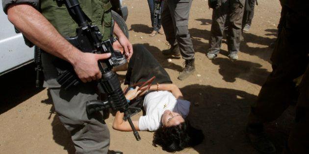 PHOTOS. Cisjordanie: une diplomate française se plaint d'avoir été malmenée par des soldats