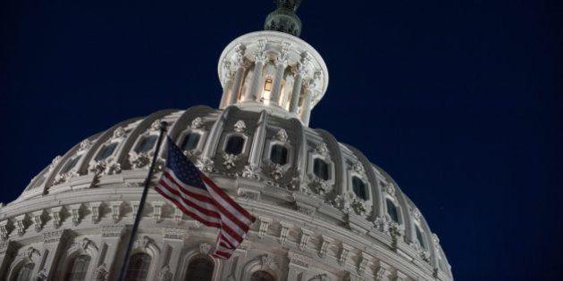 Etats-Unis: Accord sur les budgets 2015 et 2016, plus de risques de shutdown, falaise budgétaire, coupes