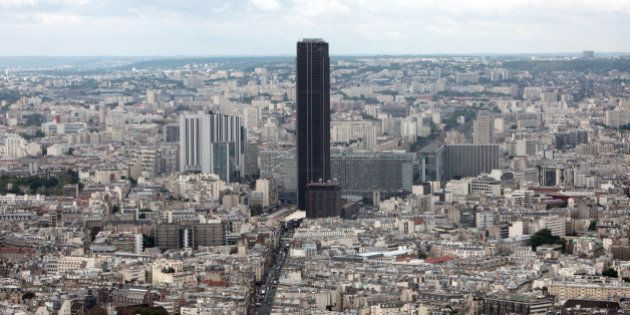 Tour Montparnasse, Paris: de l'amiante véhiculée par les gaines
