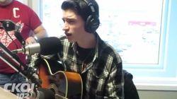 Un jeune Québécois de 16 ans chante Elvis comme