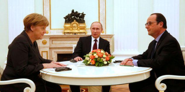 Ukraine/Russie: Hollande, Merkel et Poutine d'accord sur un plan de paix (qui reste à