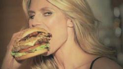 Heidi Klum vous montre comment manger un