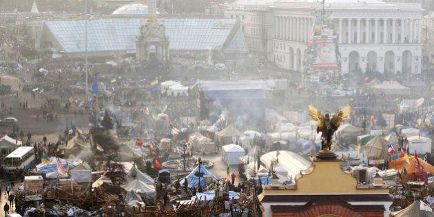 EN DIRECT. Ukraine: Ianoukovitch annonce des concessions majeures, l'opposition les