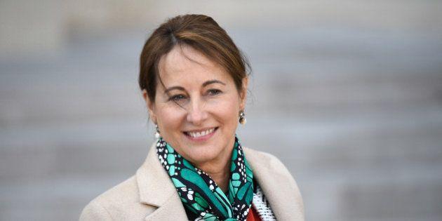 Ségolène Royal invite ses fonctionnaires à réduire la taille des pièces jointes dans leurs