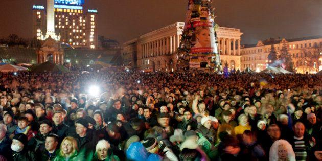 Ukraine: Ianoukovitch destitué, Timochenko libérée et acclamée à