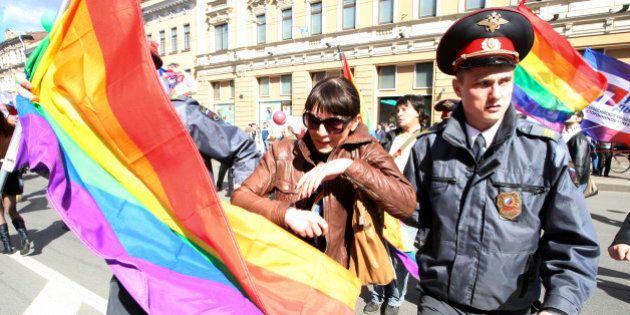Homophobie : la Russie pourrait arrêter les athlètes gay lors des JO