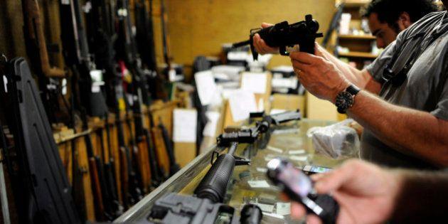 Etats-Unis : les ventes d'armes à feu ont explosé dans l'année qui a suivi la tuerie de