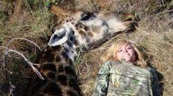 Cette tueuse de girafe provoque l'indignation sur les réseaux