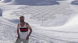 Il réalise les motifs les plus incroyables dans la neige grâce à ses