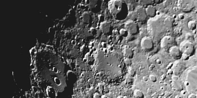 On peut reprocher à ces images de la Lune leur qualité médiocre. Cependant, elle ne sont pas issues...