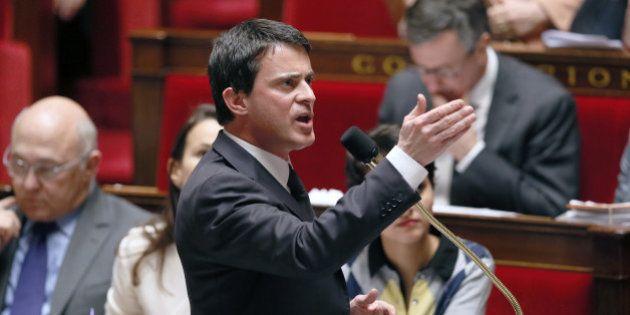 VIDEO - Valls renvoie l'UMP Goasguen à son passé d'extrême