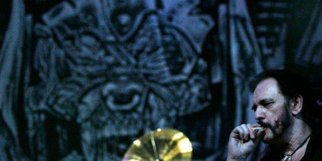 7 choses que vous ne saviez (peut-être) pas sur Lemmy Kilmister, leader de Motörhead mort à 70