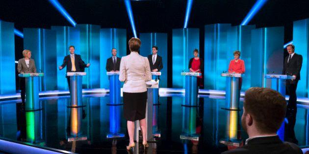 Elections au Royaume-Uni: le bipartisme menacé comme en