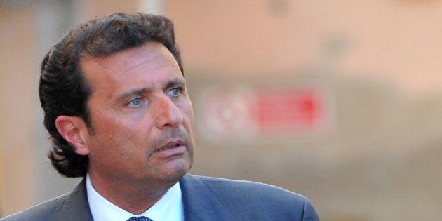 Costa Concordia: Francesco Schettino, l'ex-commandant du paquebot condamné à 16 ans de