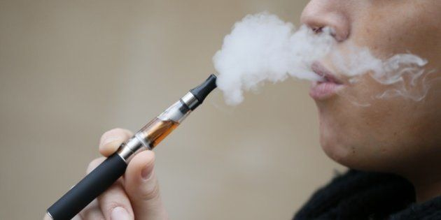 Cigarette électronique: l'Europe décide d'un encadrement a