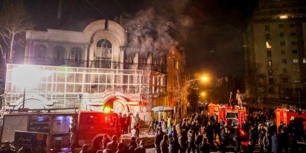 En Iran, l'ambassade d'Arabie saoudite incendiée après l'exécution d'un religieux