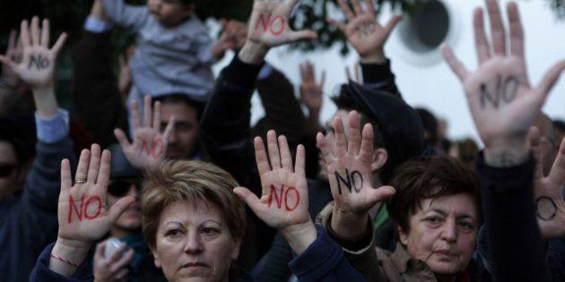 Crise à Chypre : Nicosie écartelée entre la Russie, l'Europe et sa