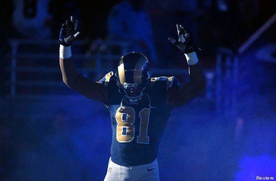 Ferguson : la police de Saint-Louis demande à la NFL de punir des joueurs après un geste de soutien à...