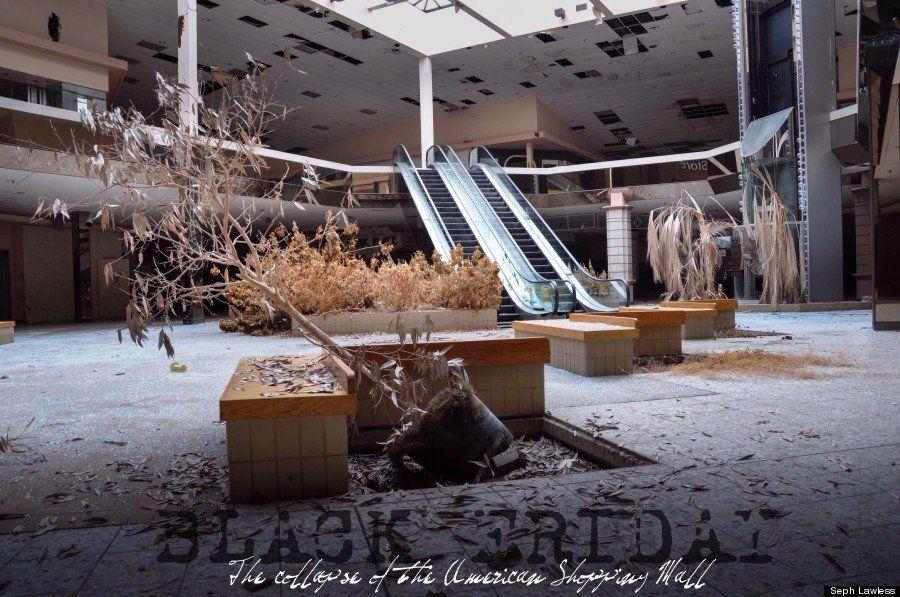 PHOTOS. Un centre commercial abandonné envahi par la