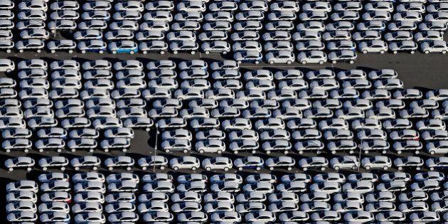 Les 10 voitures les plus vendues en France en 2015 sont... (indice: pas des