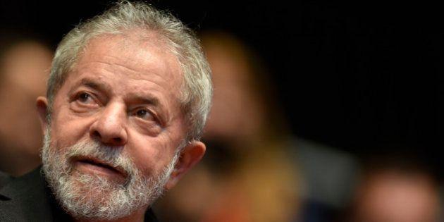 Lula, ancien président du Brésil, placé en garde à vue dans le cadre d'un vaste scandale de