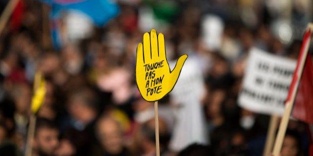 Déchéance: SOS Racisme manifeste contre le PS pour la première fois de son