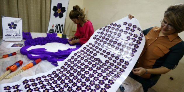 Génocide arménien: des fleurs de myosotis pour se souvenir de