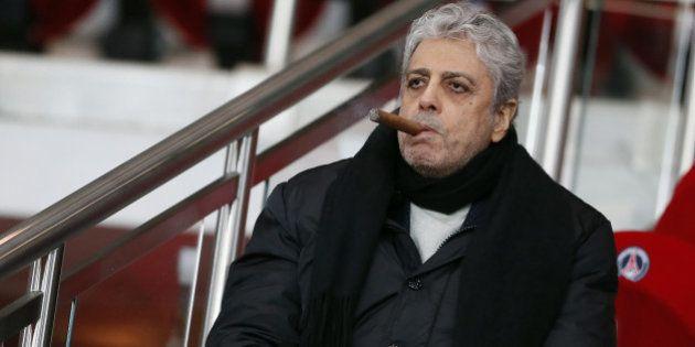 Enrico Macias condamné à rembourser 30 millions d'euros à une banque islandaise, le chanteur