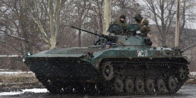 Ukraine : Washington accuse la Russie de continuer à déployer des armes