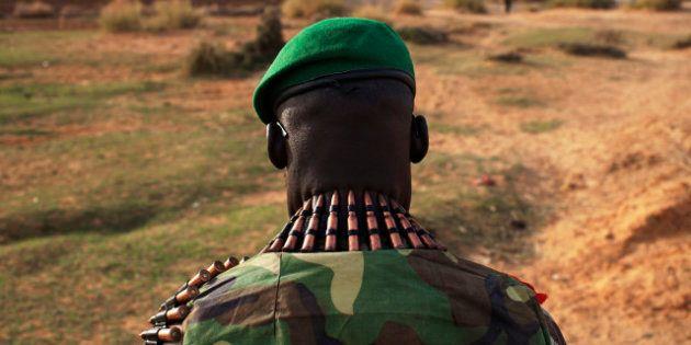 Le retrait des troupes françaises repoussé à la fin avril. Hollande estime que la souveraineté du Mali...