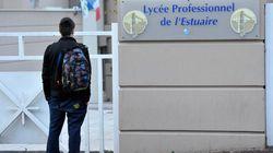 Un adolescent poignardé dans son lycée décède de ses