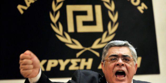 Aube dorée: le dirigeant du parti néonazi grec a été