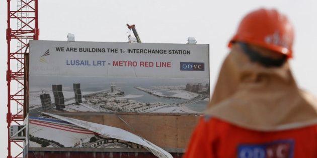 Mondial 2022 au Qatar: Vinci accusé de travail forcé, une enquête préliminaire ouverte en