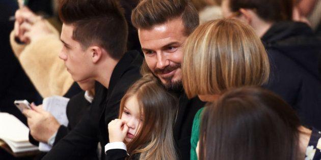 Au défilé de Victoria Beckham, David et ses quatre enfants font encore le