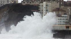 Tempête : le casino de Biarritz a les pieds dans