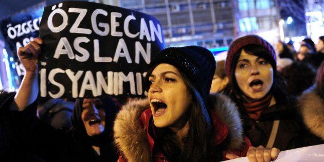 Turquie : manifestations et mobilisation après l'assassinat d'une