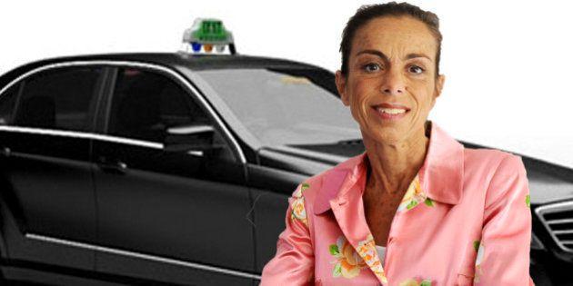 Taxi G7, chauffeur privé... combien de temps Agnès Saal, la patronne de l'Ina, passe-t-elle dans la