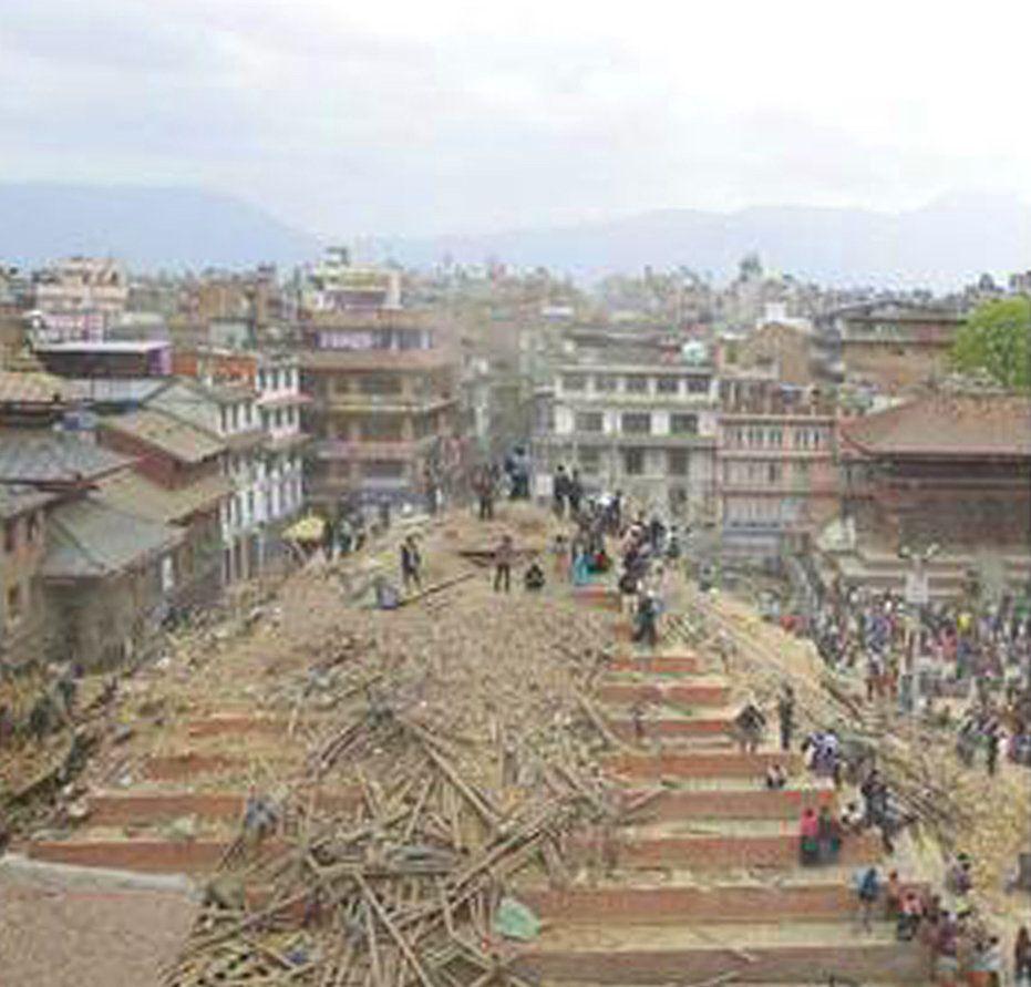 PHOTOS. Avant / après le séisme au Népal qui a réduit les monuments historiques à des tas de