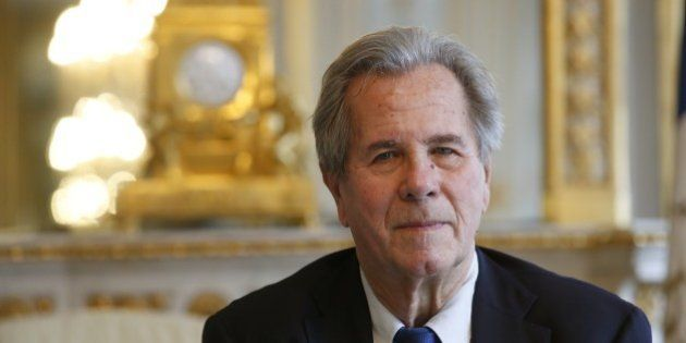 Sitôt remplacé à la présidence du Conseil constitutionnel, Jean-Louis Debré nommé président du Conseil...
