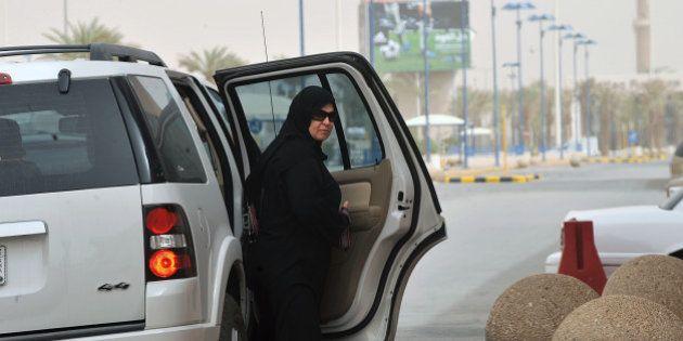 Conduire serait dangereux pour la santé des femmes, assure un religieux en Arabie