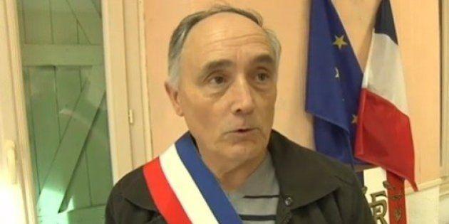 Candidats aux municipales: un maire qui voulait se retirer est obligé de se