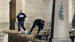 Croix gammées, dégradations, les profanations de cimetières se