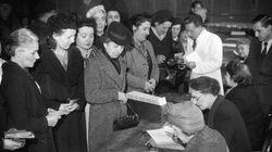Revivez le premier vote des Françaises il y a 70
