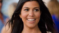 Kourtney Kardashian pose nue et