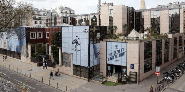 Affaire Blatter : la justice suisse fait perquisitionner la Fédération française de