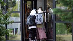 Les Français à 84% contre le voile dans les lieux privés accueillant du