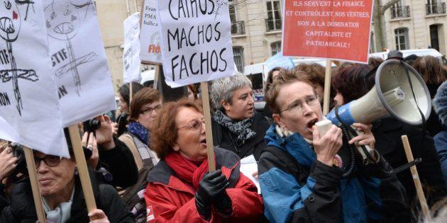 Projet de loi espagnol sur l'avortement : une centaine de personnes manifestent à