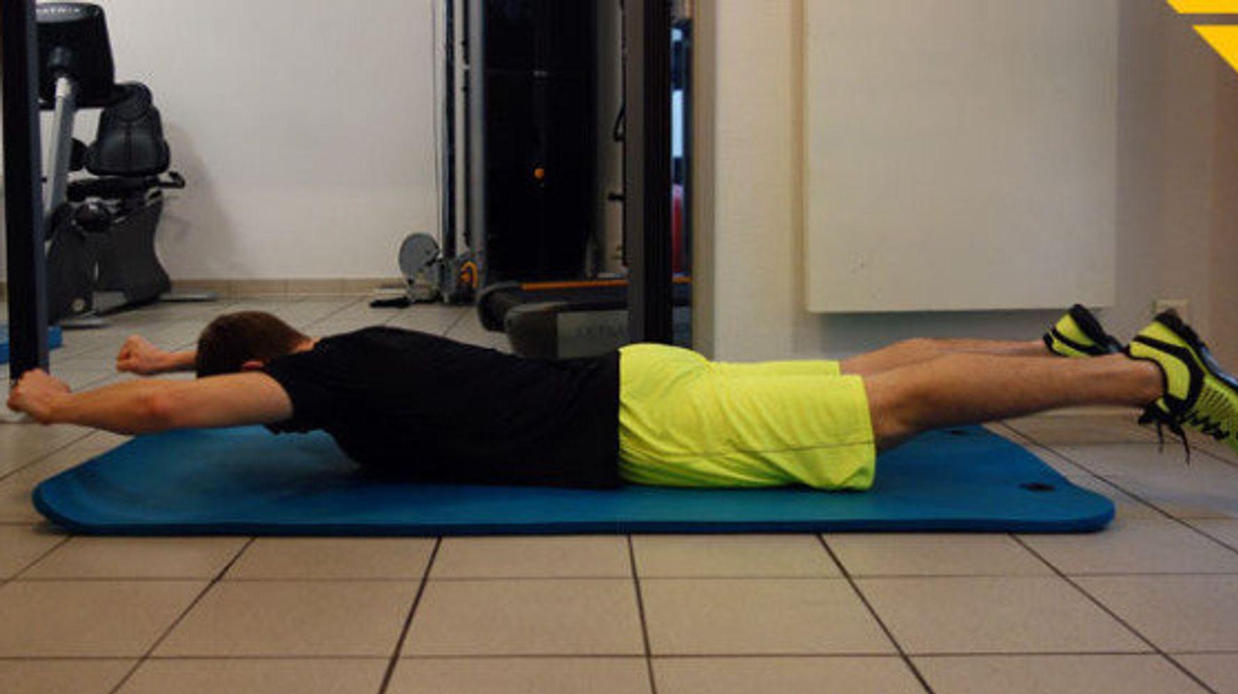 3 Exercices Pour Muscler Son Dos A La Maison Le Huffington Post Life