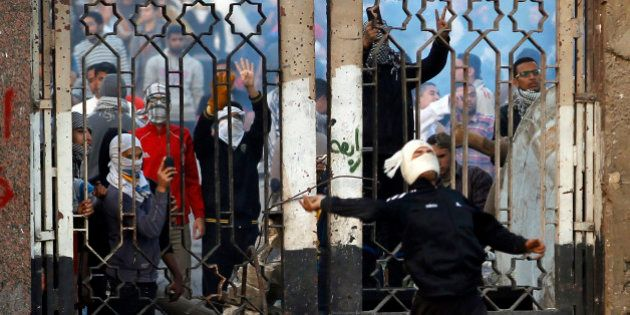 Égypte: un étudiant tué dans des heurts entre police et