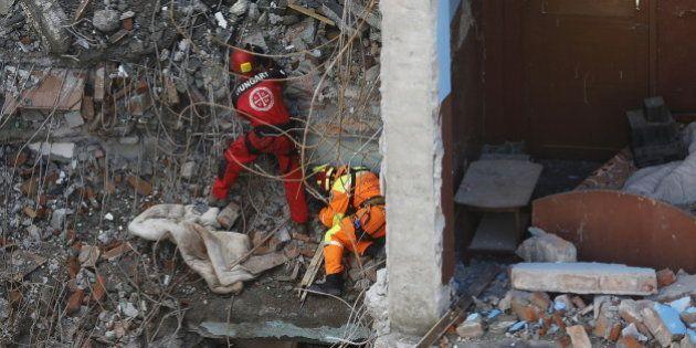 Séisme au Népal: le bilan monte à 6204 morts et près de 14.000